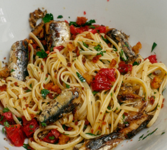 Spanish Sardine Pasta with Sun-Dried Tomatoes and Green Olives