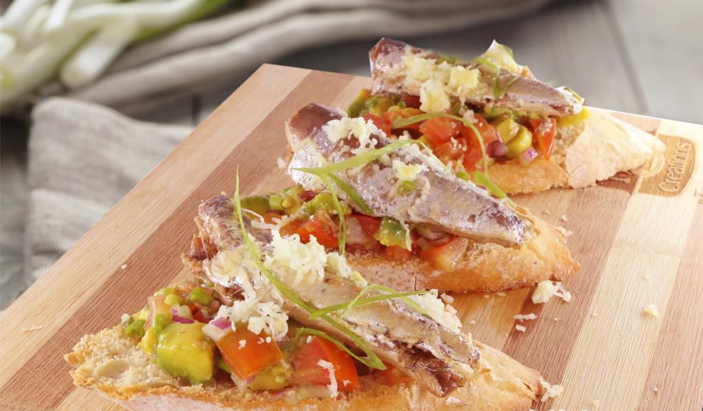 creations sardines avocado bruschetta(1024x600)